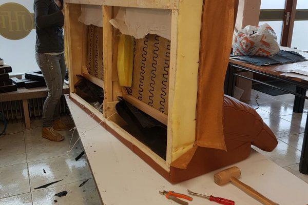 vernieuwen-vullingen-meubel-bankstel-bruin12
